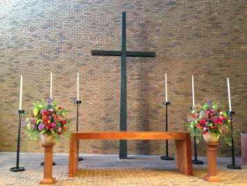 Our services - memorial flowers 8