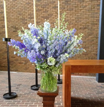 Our services - memorial flowers 9